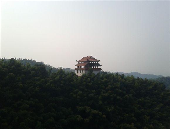 主页 环保特性 竹与竹子 桃花江竹海     景点类型:森林公园 避暑圣地